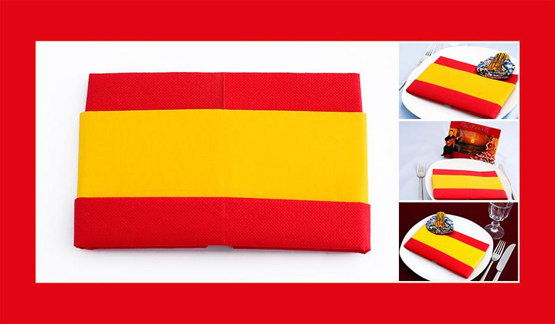 Servietten falten zweifarbig Anleitung Spanische Flagge